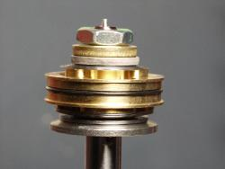 motorcycle shock's valve stack